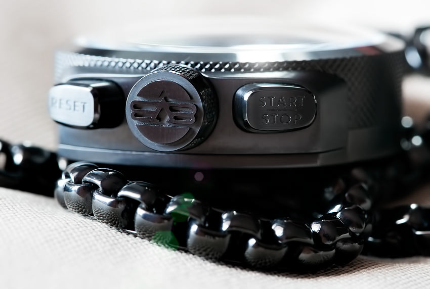 The Bolt 68 Crown & Push Buttons